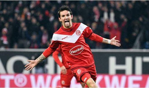 Afbeelding: 'Raman kan sterk seizoen bij Düsseldorf bekronen met transfer naar Premier League'