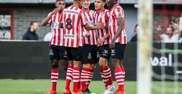 FC Twente moet titelfeest uitstellen na ruime winst van Sparta
