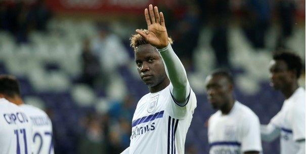 Gewezen Anderlecht-spits solliciteert naar Belgische terugkeer: Ik zoek een club
