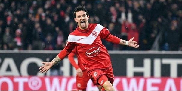 'Raman kan sterk seizoen bij Düsseldorf bekronen met transfer naar Premier League'