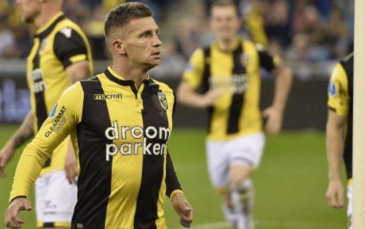 Afbeelding: 'Kophattrick' van Linssen leidt tiental van Vitesse langs onthutsend zwak PEC