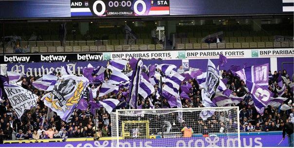 Fans van Anderlecht hebben tegen Gent nieuwe boodschap voor de spelers
