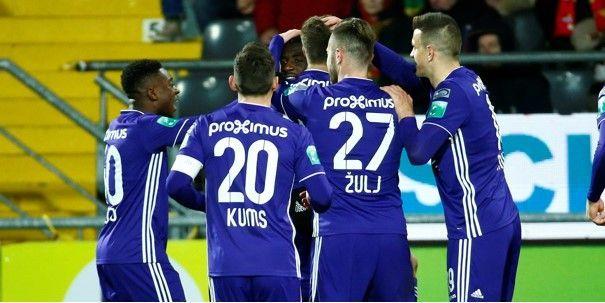 'PSV ziet jonkie van Anderlecht presteren op jeugdtoernooi en wil hem snel halen'