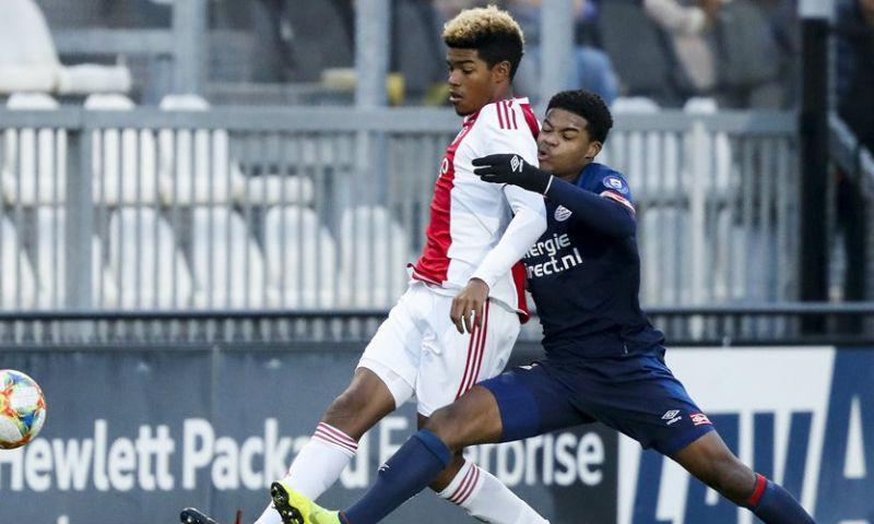 Afbeelding: 'PSV pakt door en hoopt talentvolle middenvelder langer vast te leggen'