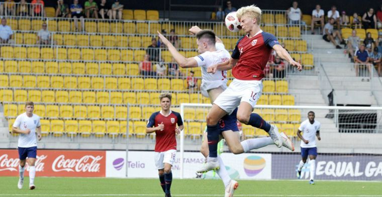 'Ajax en PSV weer tegenover elkaar op transfermarkt: strijd om Noorse controleur'