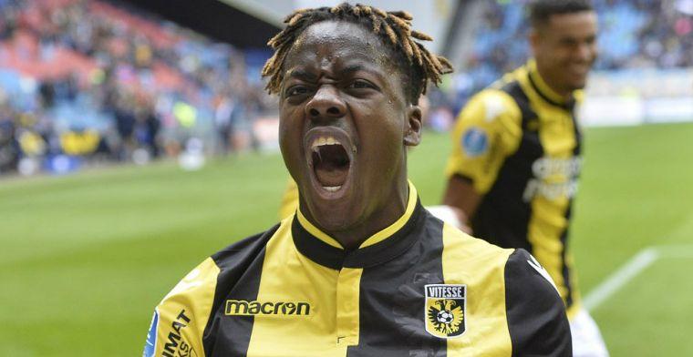 Twee-eiige tweeling klopt aan de deur bij NEC én Vitesse: Anthony lag bijna voor