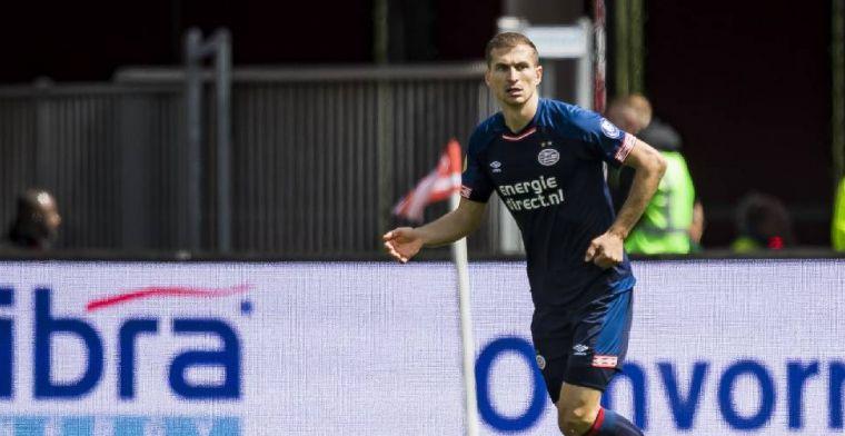 'PSV kan op zoek naar nieuwe verdediger: Schwaab vertrekt uit Eindhoven'
