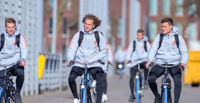 Ook PSV strikt Europees kampioen: middenvelder met 'toffe achternaam' tekent