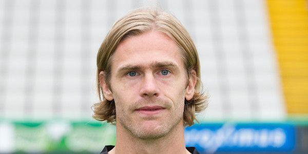 OFFICIEEL: Cornelis (ex-Racing Genk) wordt net als Kompany speler/trainer