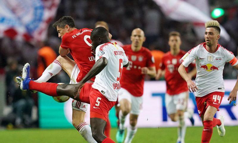 Afbeelding: 'Treble' voor Bayern München: feestelijk afscheid Robben en Ribéry in Berlijn