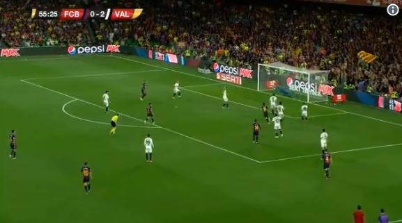Kijk en geniet: Messi pakt uit met onmogelijke passeerbeweging binnendoor