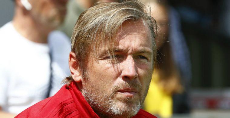 Witschge doorstaat renovatie van Ajax-staf: 'Ik wil de spelers bedanken'