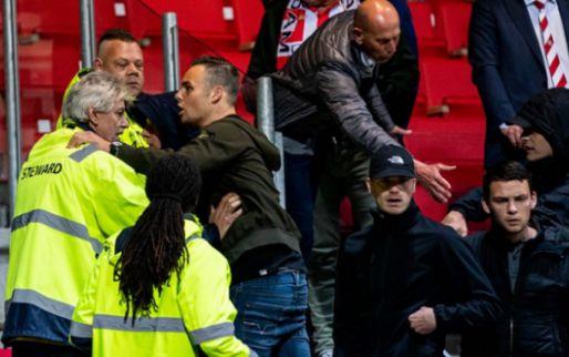 Afbeelding: Fan valt na opstootje van reling op Het Kasteel, ME moet ingrijpen buiten stadion