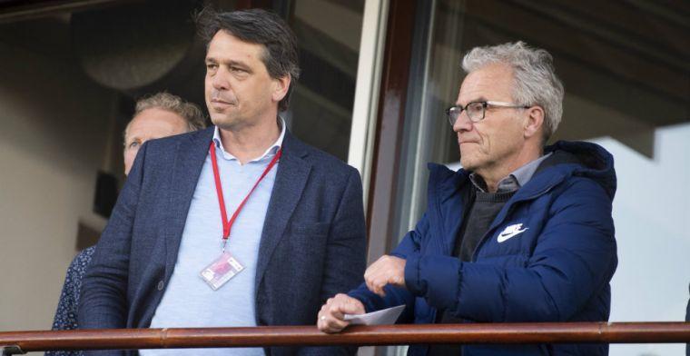 Telegraaf: Vertrek Ajax-directeur met gejuich ontvangen, verbazing om persbericht