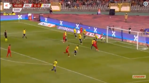 GOAL! Lukaku breekt de ban en zet Rode Duivels op voorsprong tegen Schotland