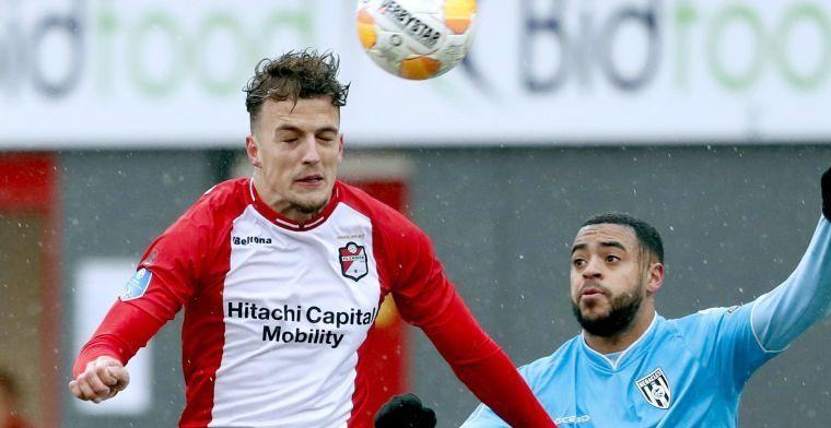 Contractrel in Emmen: 'Ik vind van niet, maar volgens de club heb ik een contract'