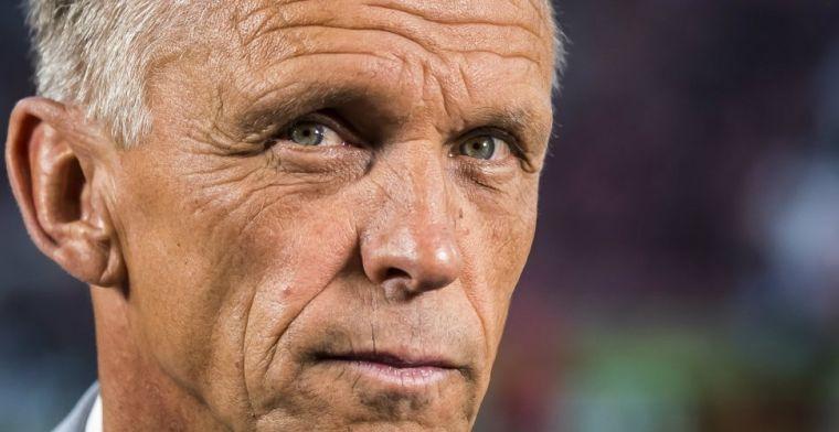 Vitesse-clubicoon 'voelt geen klik' met Slutsky en stopt als assistent-trainer