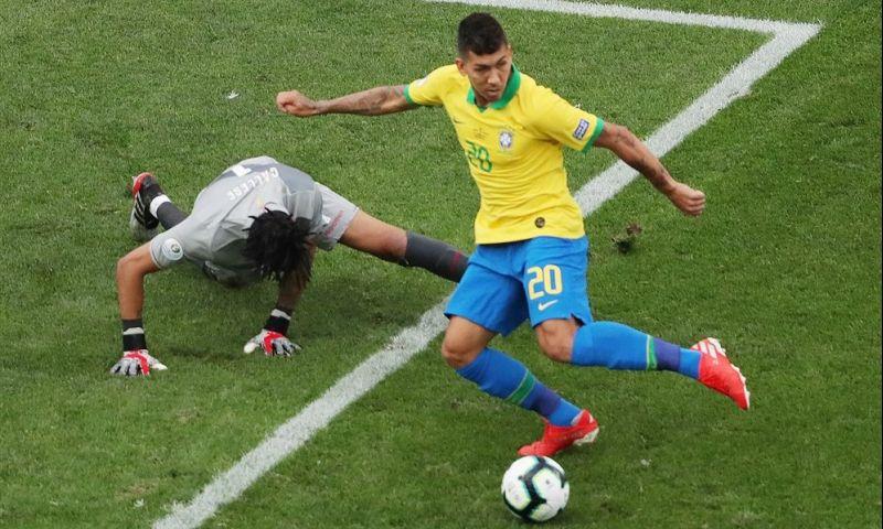 Afbeelding: Neres geslachtofferd bij Brazilië: ploeg swingt naar ruime zege en de kwartfinales