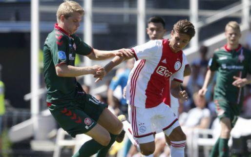 Afbeelding: Ajax overtuigt niet in snikheet Oldenzaal: oude bekende Van Weert scoort én mist