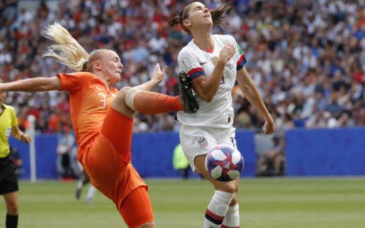 Afbeelding: Oranje komt VAR-beslissing niet meer te boven en moet wereldtitel aan VS laten