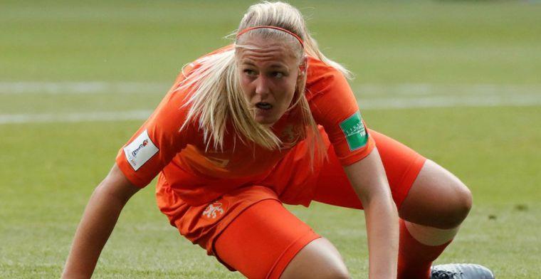 Van der Gragt ziet penaltymoment terug: Ik raak de bal in ieder geval niet