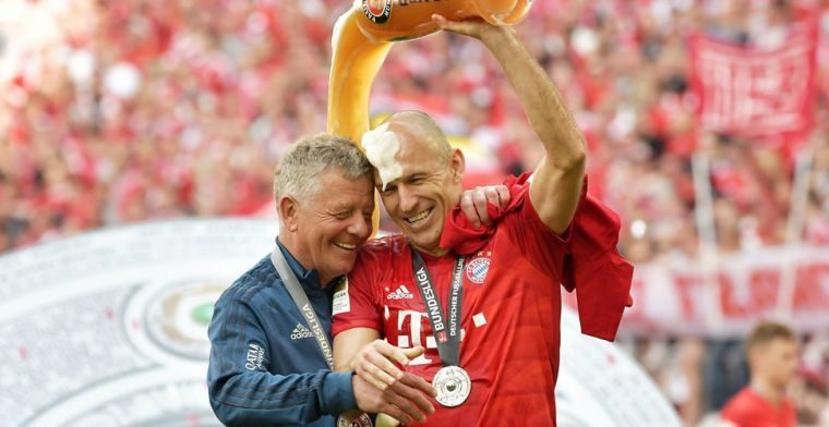'Robben had bij PSV de zware wedstrijden kunnen spelen en sparen bij makkelijke'