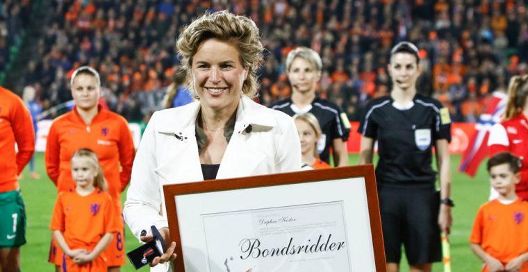 Koster tekent Ajax-contract voor onbepaalde tijd: 'Ik ben nog lang niet klaar'