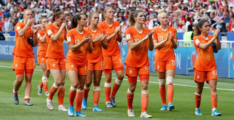 Publieke Omroep pakt miljoenenomzet dankzij Oranje: 'Telefoon stond roodgloeiend'