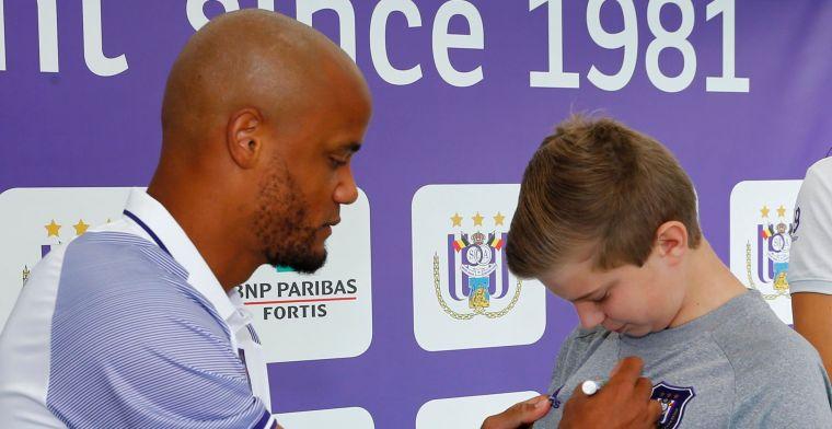 'RSC Anderlecht stelt op fandag niet één, maar twee nieuwe spelers voor'
