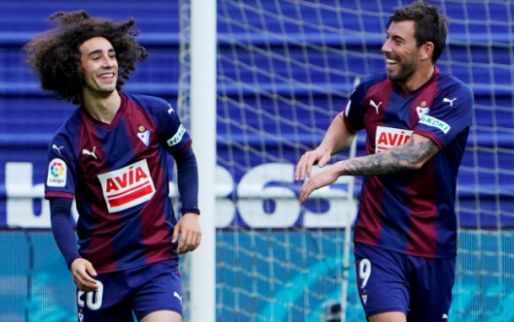 Afbeelding: Barça betaalt 4 miljoen, activeert clausule en haalt back terug naar Camp Nou