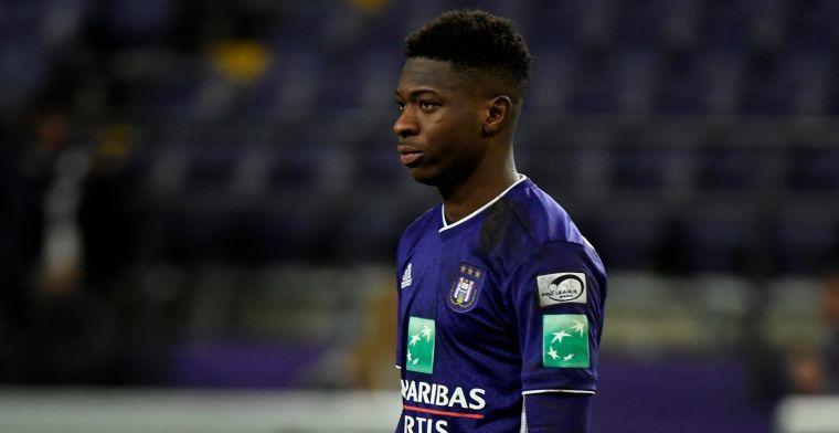 'Anderlecht dreigt goudhaantje kwijt te spelen: gesprekken met Amuzu slepen aan'