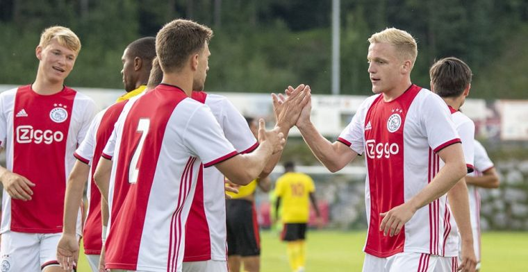 Ajax blijft foutloos in voorbereiding en wint door late goal van Watford