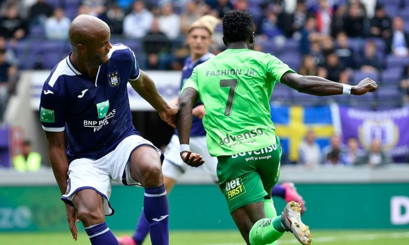 Afbeelding: Dramatisch debuut Kompany: thuisnederlaag voor Anderlecht en scorende Vlap