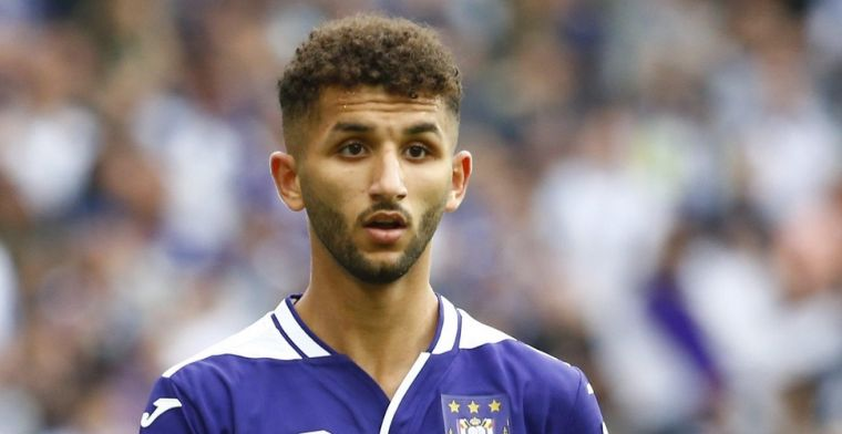 Jonkie van Anderlecht valt door de mand: 'Liet zich pakken door Vargas en Sakala'