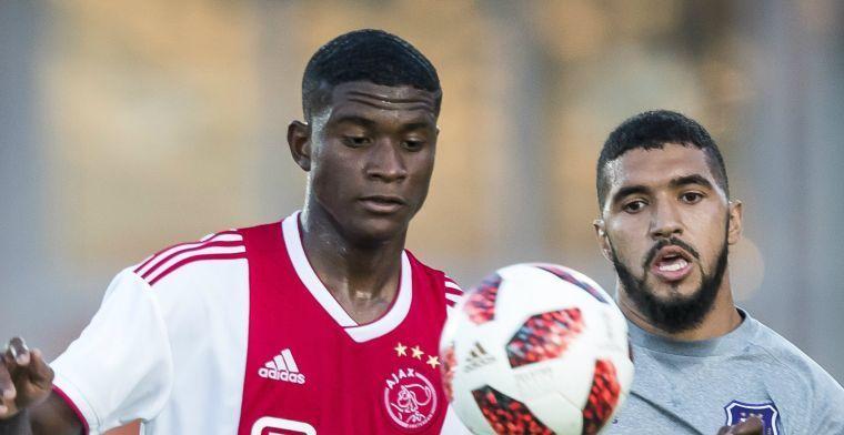 'Ajax gaat 'in de komende maanden' afscheid nemen van verhuurde miskoop'