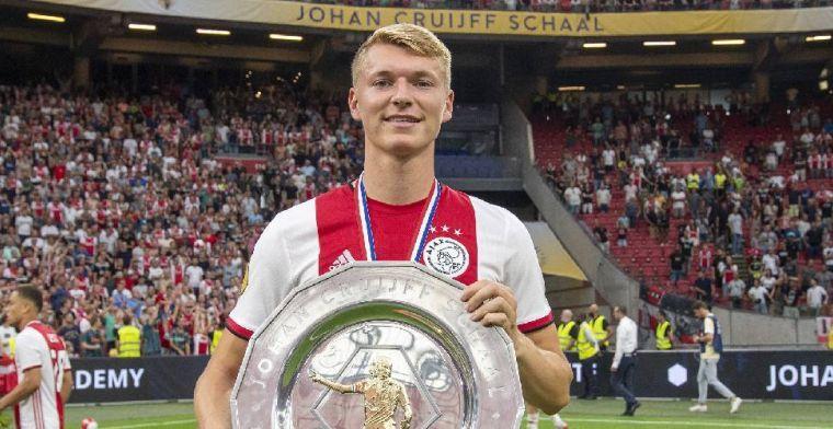 Lof voor Schuurs: 'Als je als 27-jarige bij Ajax komt, wordt het heel moeilijk'