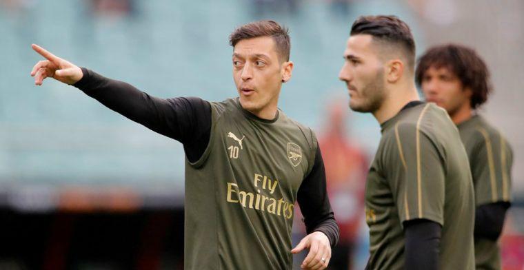 Özil en Kolasinac missen openingsduel van Arsena uit veiligheidsoverwegingen