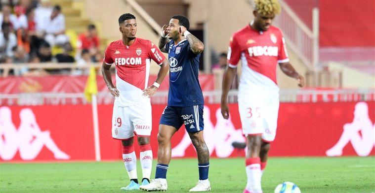 Overtuigende start van Lyon na rode kaart Fabregas en uithaal van Memphis