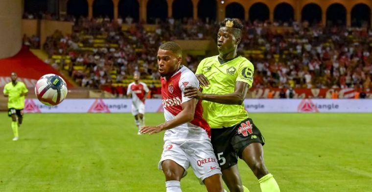 Update: Ié op de foto met Feyenoord-shirt, verdediger krijgt rugnummer 32