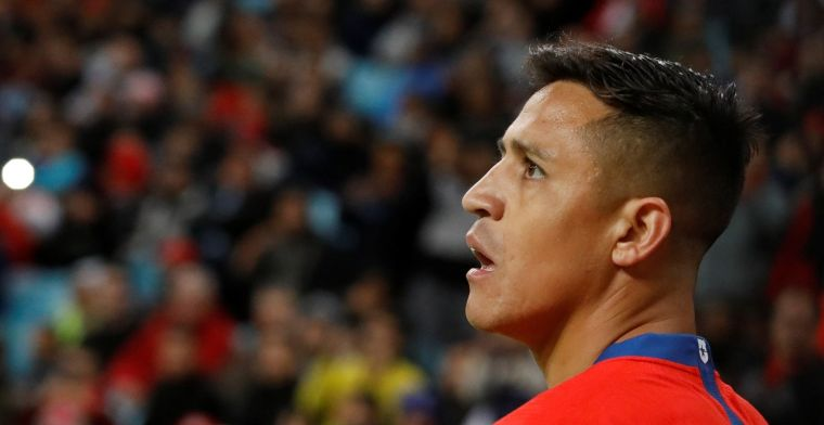 The Sun: 'desperate' United wil Sánchez lozen en dreigt met halfjaar op de tribune