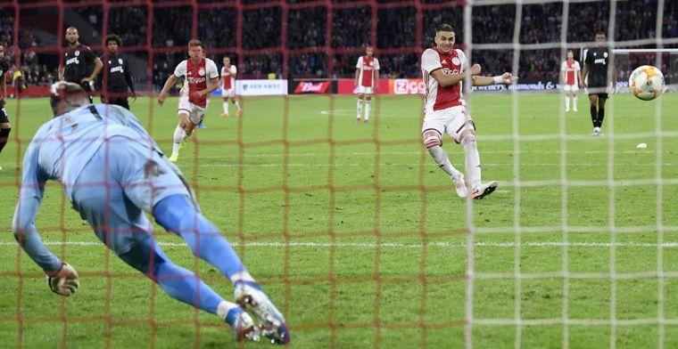 Driessen knipoogt: 'Alsof de UEFA een mannetje heeft gestuurd om Ajax te helpen'