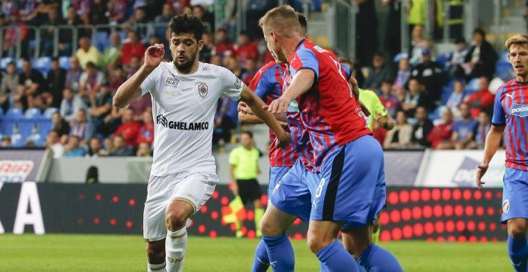 Antwerp plaatst zich voor volgende ronde na laat doelpunt Mbokani