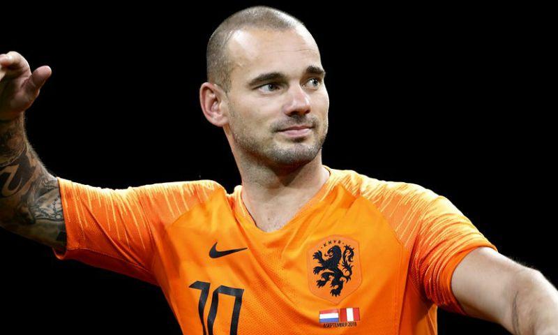 Afbeelding: Sneijder trekt conclusie na bezoek aan Van Bommel: 'Je ziet dat het pittig is'