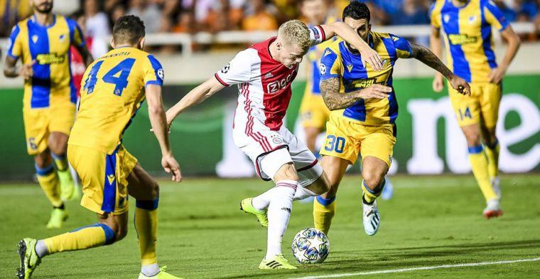 LIVE: Ajax eindigt met tien man en moet klus volgende week klaren (gesloten)
