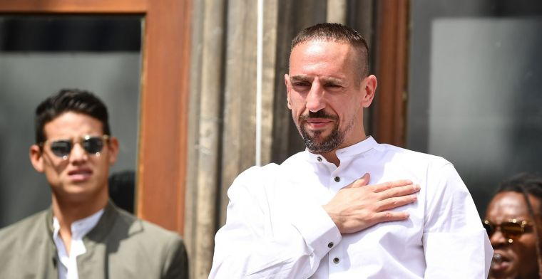 UPDATE: 'Welcome legend!': Fiorentina legt Ribéry (36) voor twee jaar vast