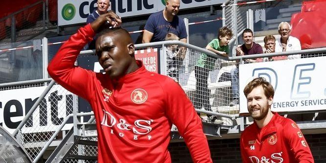 OFFICIEEL: Na Feyenoord, Everton en Real Madrid nu naar Kozakken Boys