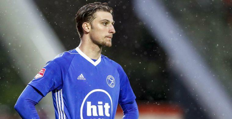 'Almere City dreigt talentvolle spits kwijt te raken: interesse vanuit buitenland'