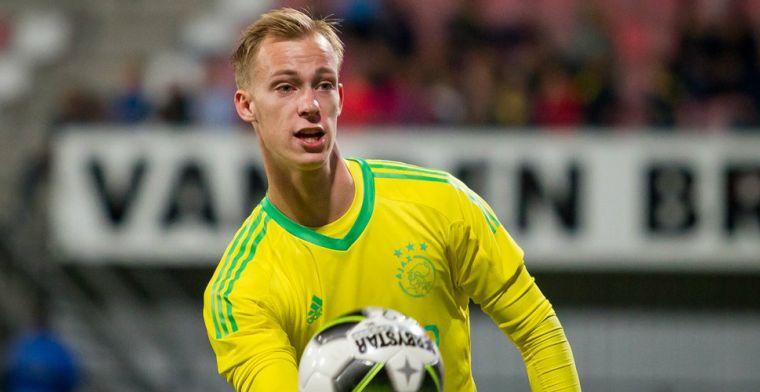 Jong Ajax-doelman komt niet door keuring in Helmond en blijft in Amsterdam