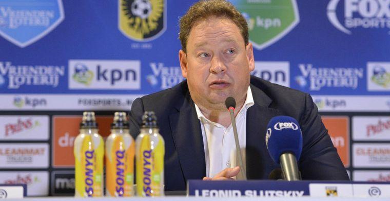 Slutsky houdt vijf (!) verdedigers over na Deadline Day: Nu heb ik wel twijfels