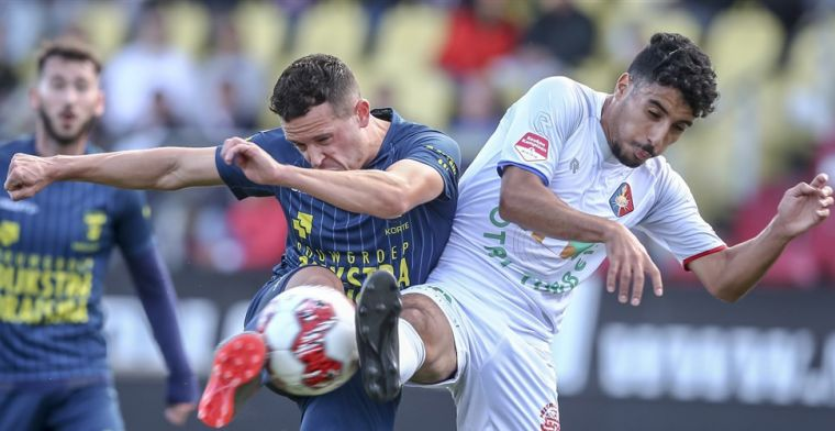 Cambuur boekt derde zege, Dordrecht doet laatste plaats over aan Roda en Jong PSV